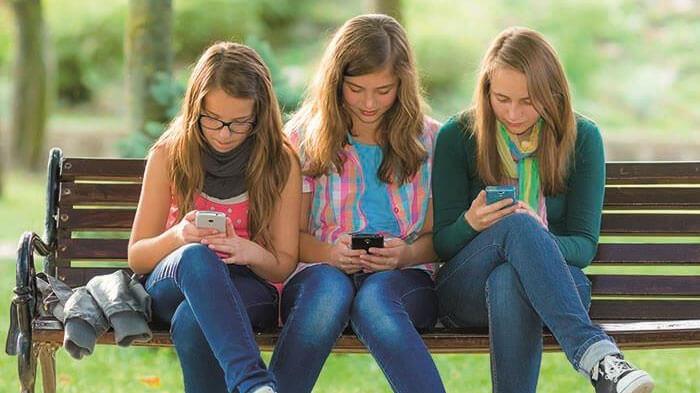 Teenage cell phone addiction